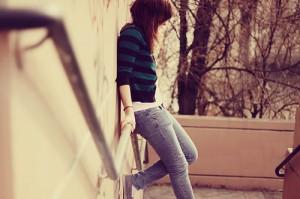 alone-cry-girl-relived-sad-Favim.com-124158