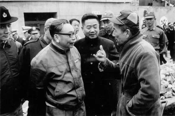 1974年,蔣經國視察福建外島馬祖
