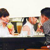 茶坊約會 馬伕會以機車接送牛郎至咖啡店或茶坊與假名媛約會。